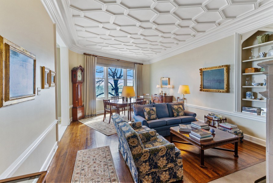 Real Estate Photography - 999 Lake Shore Dr, 3C, Chicago, IL, 60611 - Living Room / Dining Room