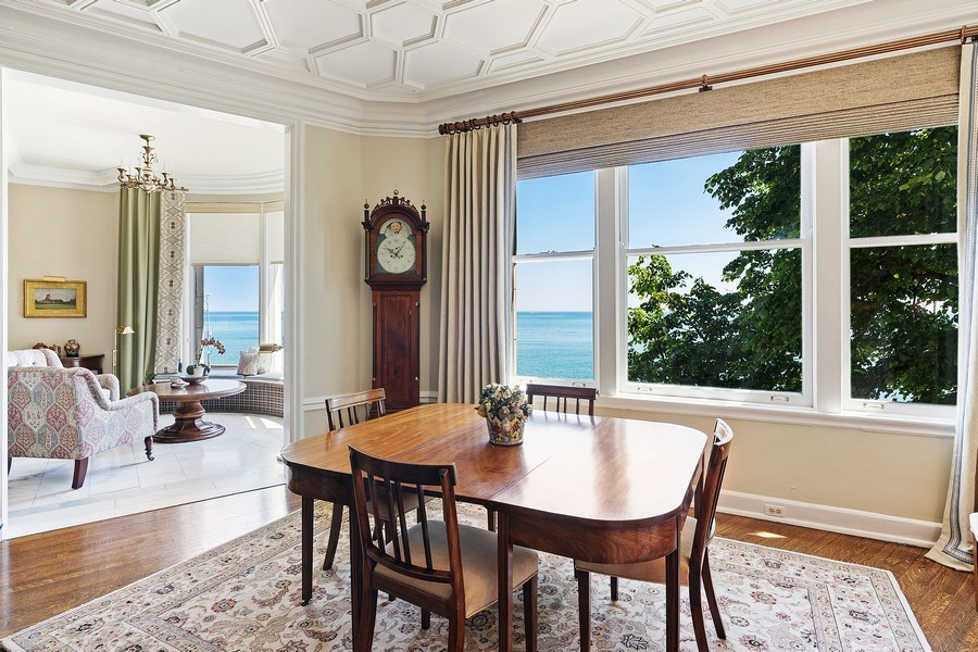 Real Estate Photography - 999 Lake Shore Dr, 3C, Chicago, IL, 60611 - Family Room / Dining Room