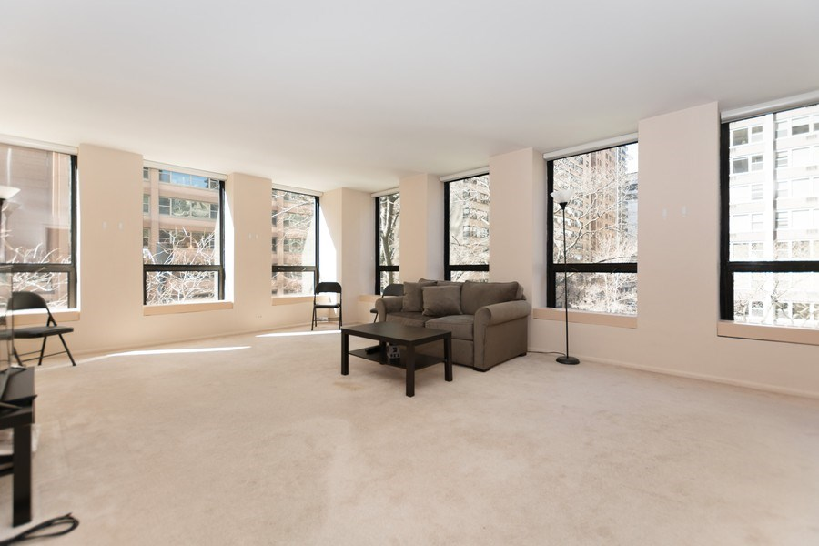 Real Estate Photography - 260 E Chestnut St, Chicago, IL, 60611 - Living Room