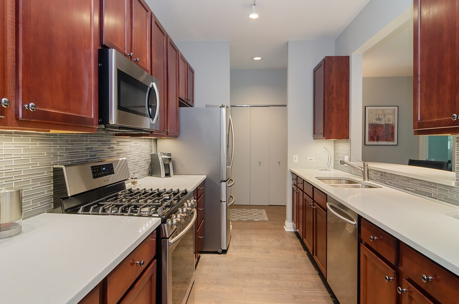 Real Estate Photography - 550 W Fulton, 202, Chicago, IL, 60661 - Kitchen