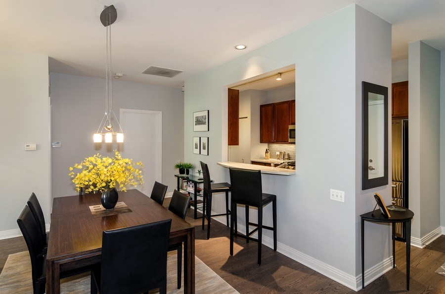 Real Estate Photography - 550 W Fulton, 202, Chicago, IL, 60661 - Dining Room