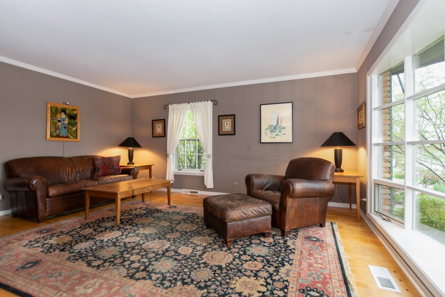 Real Estate Photography - 714 S Madison St, Hinsdale, IL, 60521 - Living Room