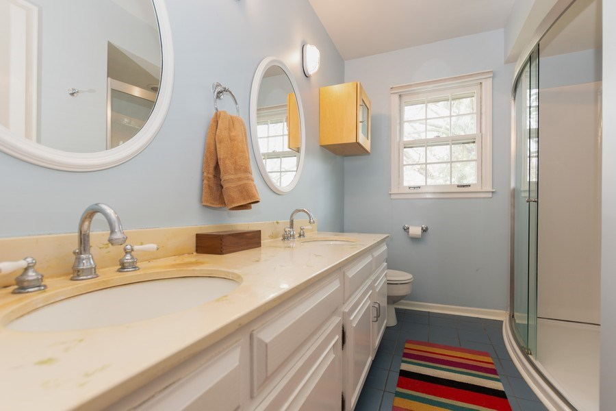 Real Estate Photography - 714 S Madison St, Hinsdale, IL, 60521 - Bathroom