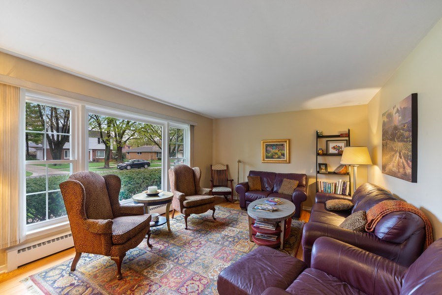Real Estate Photography - 1230 Good Ave, Park Ridge, IL, 60068 - Living Room
