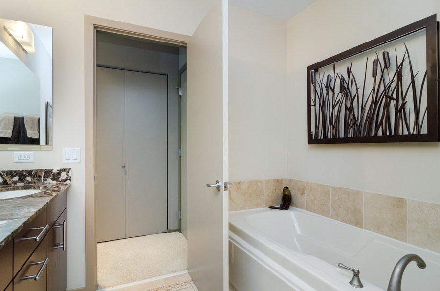 Real Estate Photography - 500 W Superior Street, 1402, Chicago, IL, 60654 - Master Bathroom