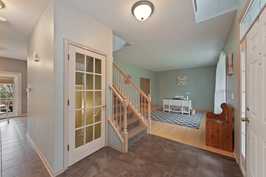 Real Estate Photography - 768 Alleghany Rd., Grayslake, IL, 60030 - Foyer