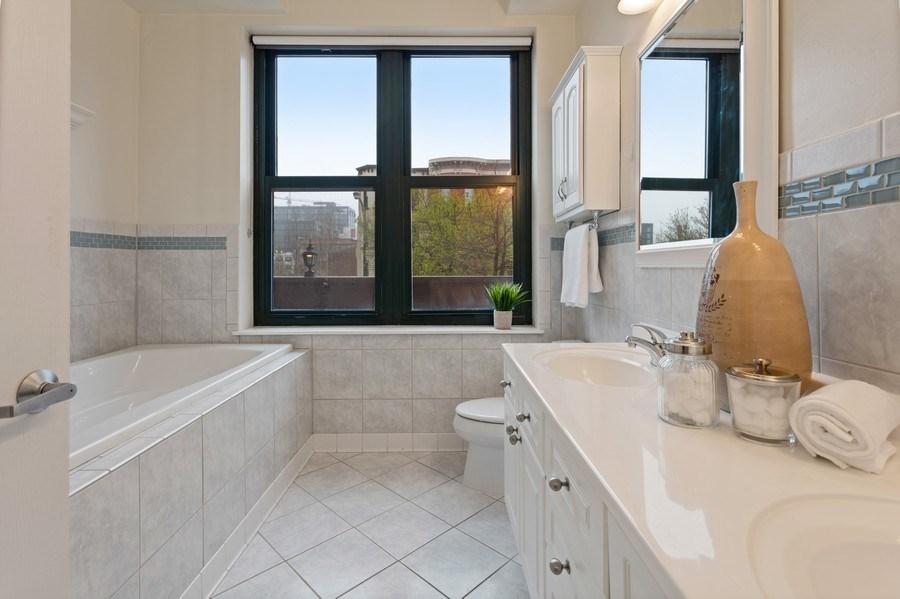 Real Estate Photography - 1301 W Washington, #208, Chicago, IL, 60607 - Bathroom