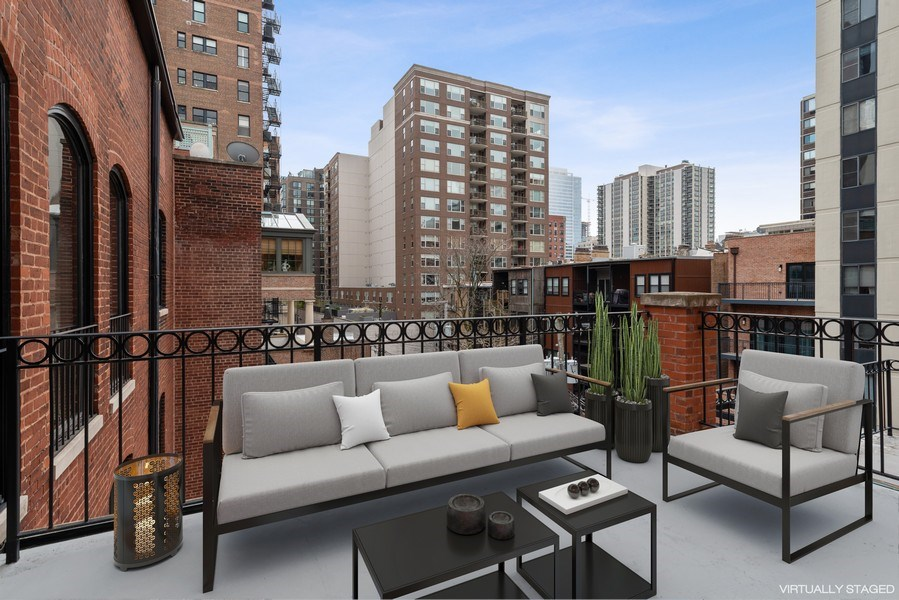 Real Estate Photography - 1340 N State Parkway, APT 4S, Chicago, IL, 60610 - Terrace