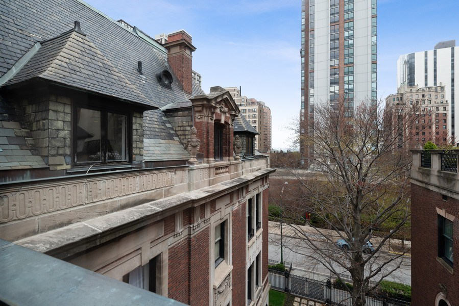 Real Estate Photography - 1340 N State Parkway, APT 4S, Chicago, IL, 60610 - View