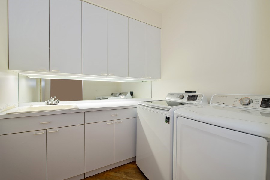 Real Estate Photography - 1340 N State Parkway, APT 4S, Chicago, IL, 60610 - Laundry Room