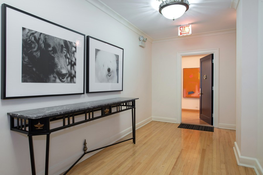 Real Estate Photography - 1340 N State Parkway, APT 4S, Chicago, IL, 60610 - Entryway
