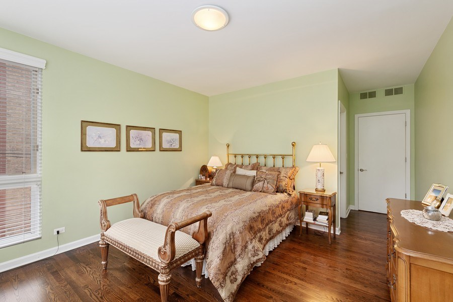 Real Estate Photography - 112 W Delaware, Chicago, IL, 60610 - 3rd Bedroom