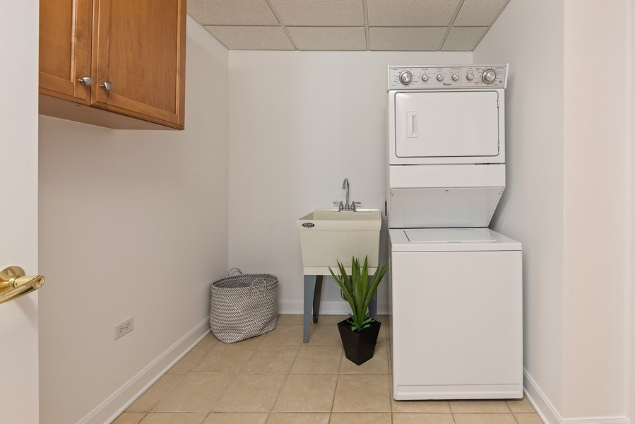 Real Estate Photography - 415 E North Water Street, 1303, CHicago, IL, 60611 - Laundry Room