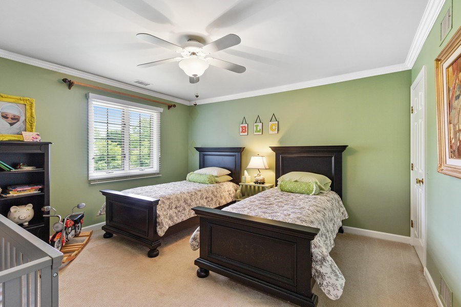Real Estate Photography - 1039 N Derbyshire Ave, Arlington Heights, IL, 60004 - 2nd Bedroom