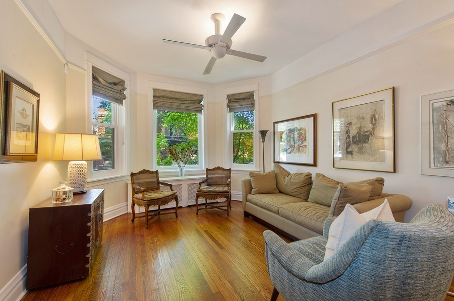 Real Estate Photography - 2039 W Cullom, Chicago, IL, 60618 - Living Room