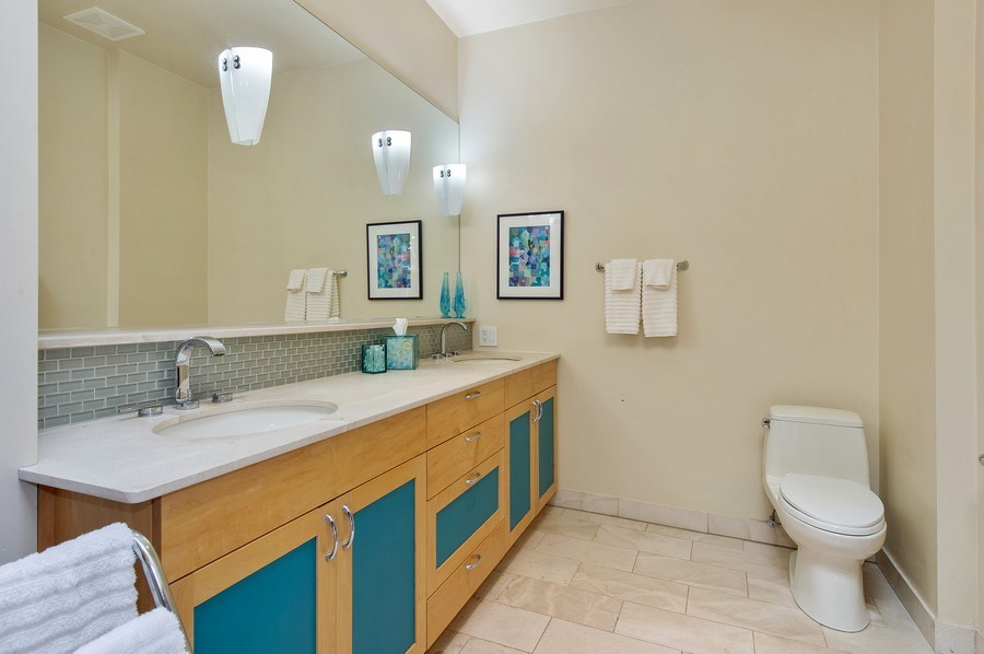 Real Estate Photography - 2039 W Cullom, Chicago, IL, 60618 - Master Bathroom