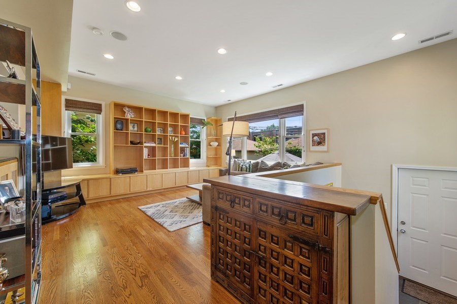 Real Estate Photography - 2039 W Cullom, Chicago, IL, 60618 - Family Room