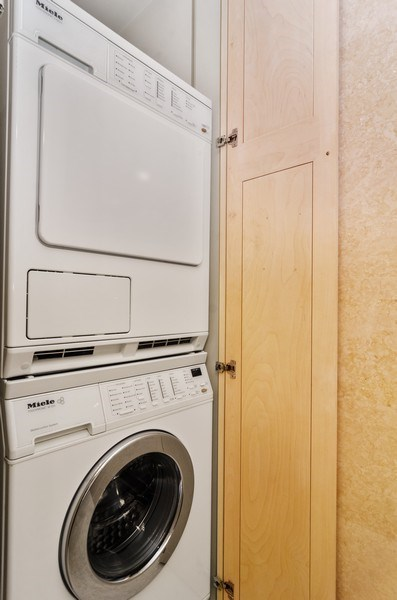 Real Estate Photography - 1240 N Lake Shore Drive, Unit 9B, Chicago, IL, 60610 - Laundry Room