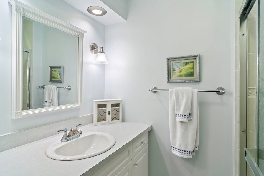 Real Estate Photography - 1 N Dee, Park Ridge, IL, 60068 - Master Bathroom