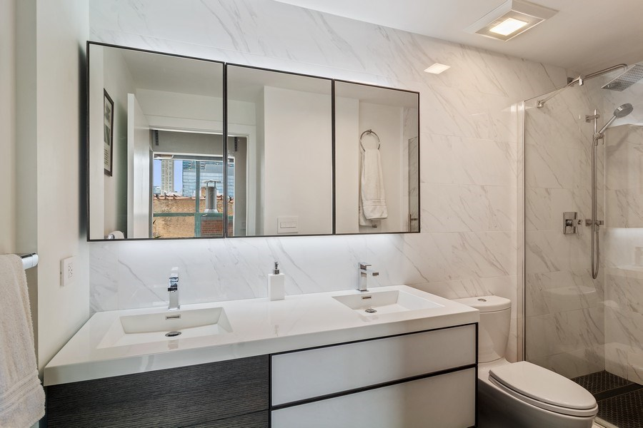 Real Estate Photography - 400 West Ontario, Unit 905, Chicago, IL, 60654 - Master Bathroom