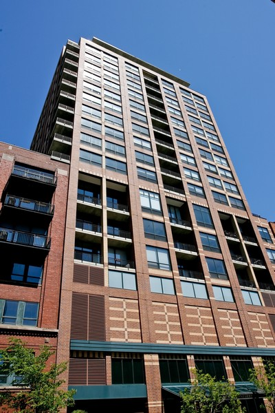 Real Estate Photography - 400 West Ontario, Unit 905, Chicago, IL, 60654 -