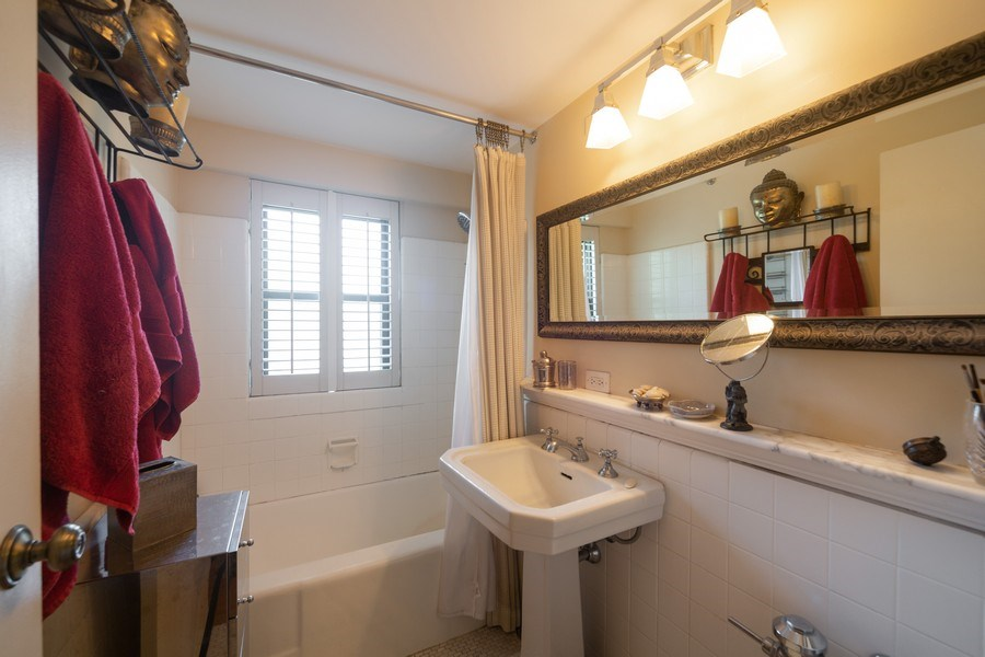 Real Estate Photography - 1350 N. Astor St., #6A, Chicago, IL, 60610 - Master Bathroom