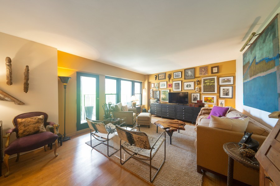 Real Estate Photography - 1350 N. Astor St., #6A, Chicago, IL, 60610 - Living Room