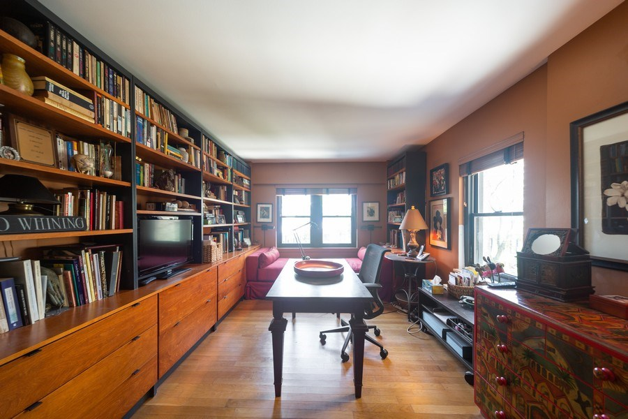 Real Estate Photography - 1350 N. Astor St., #6A, Chicago, IL, 60610 - Family Room