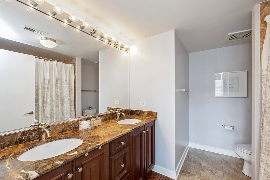 Real Estate Photography - 740 W Fulton, 1309, Chicago, IL, 60661 - Master Bathroom