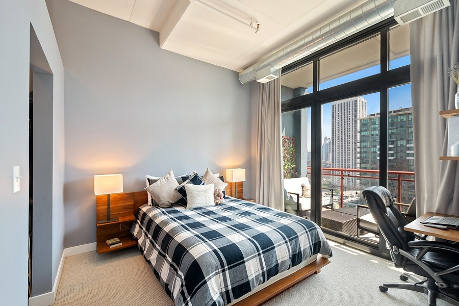 Real Estate Photography - 740 W Fulton, 1309, Chicago, IL, 60661 - Master Bedroom