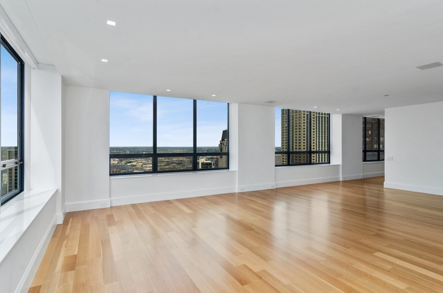 Real Estate Photography - 180 E Pearson St, 5207, Chicago, IL, 60611 - Living Room