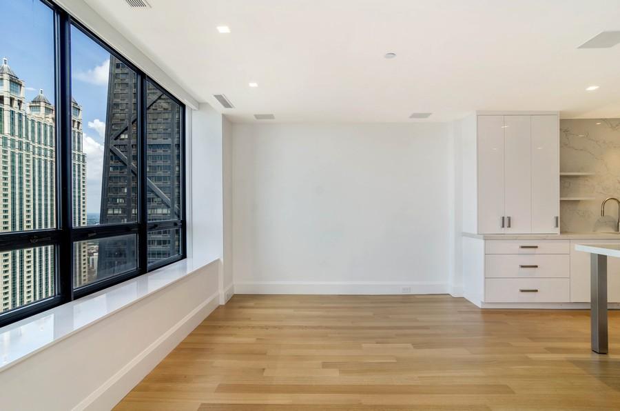 Real Estate Photography - 180 E Pearson St, 5207, Chicago, IL, 60611 - Family Room / Kitchen