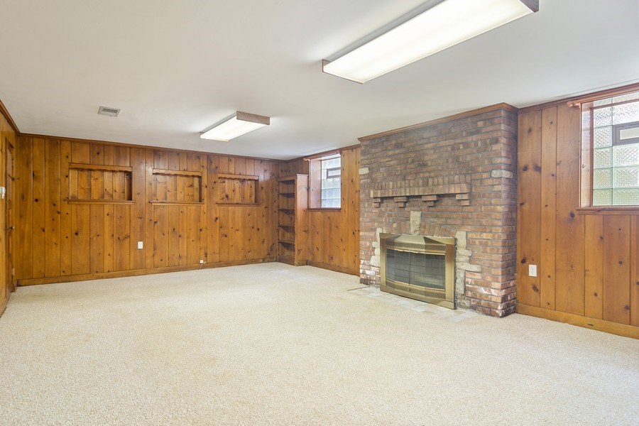 Real Estate Photography - 737 N Elmore, Park Ridge, IL, 60068 - Lower Level