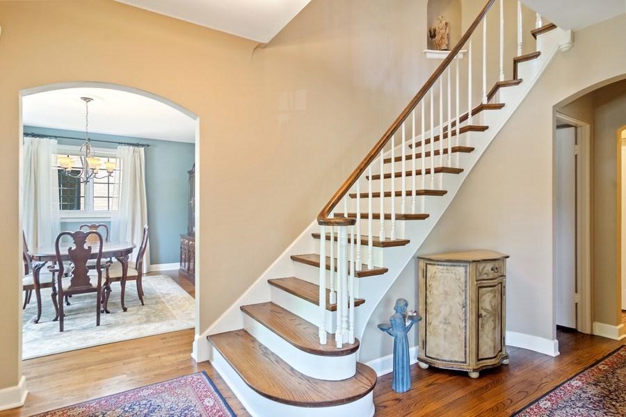 Real Estate Photography - 737 N Elmore, Park Ridge, IL, 60068 - Foyer