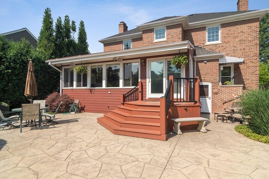 Real Estate Photography - 737 N Elmore, Park Ridge, IL, 60068 - Deck