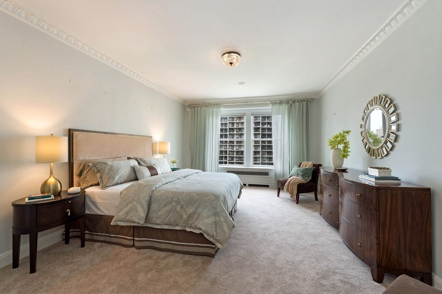Real Estate Photography - 1430 N Lakeshore Dr, Apt 10, Chicago, IL, 60610 - Master Bedroom