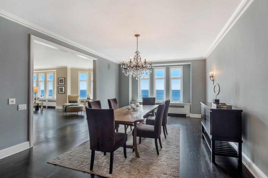 Real Estate Photography - 1430 N Lakeshore Dr, Apt 10, Chicago, IL, 60610 - Dining Room