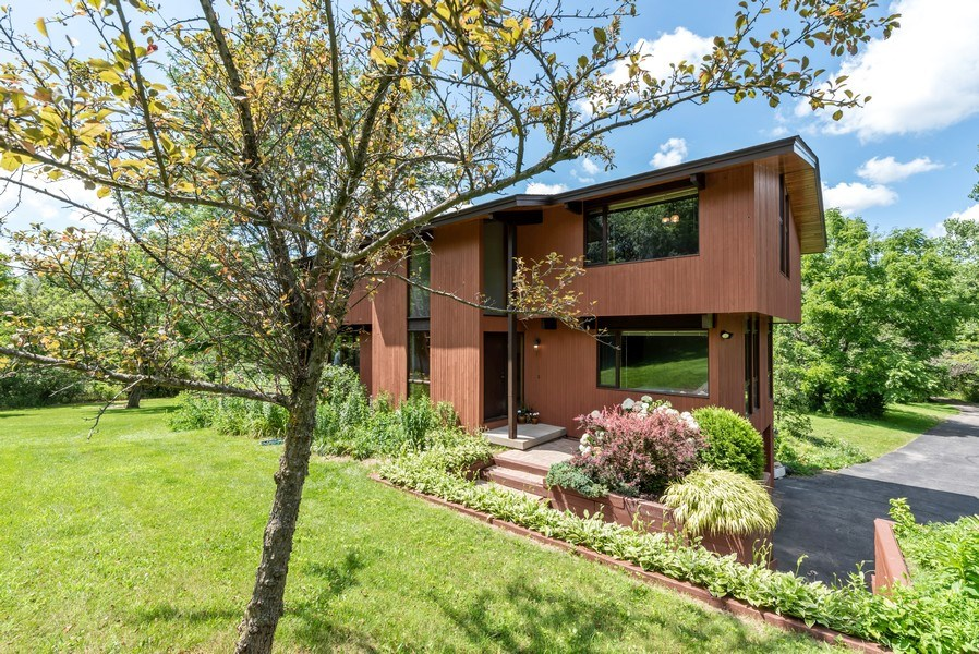 Real Estate Photography - 10711 Bull Valley Road, Bull Valley, IL, 60098 - Front View