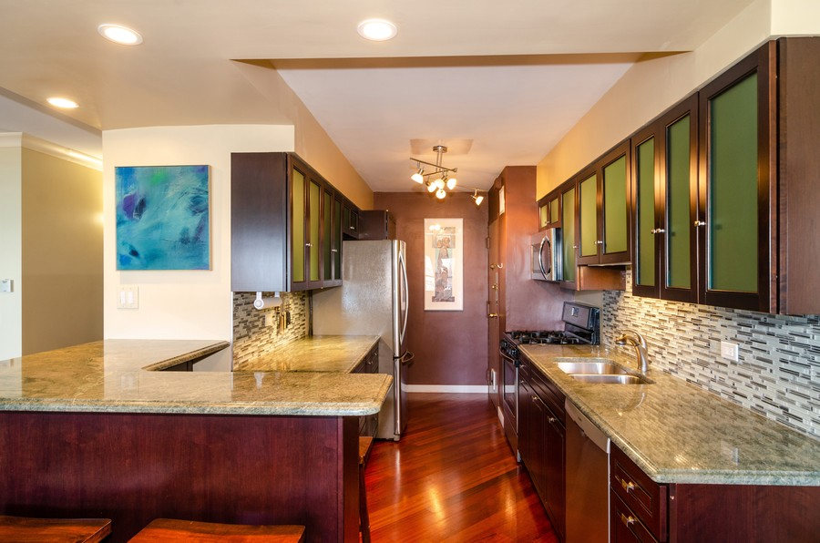Real Estate Photography - 1350 N. Astor St. #10B, Chicago, IL, 60611 - Kitchen