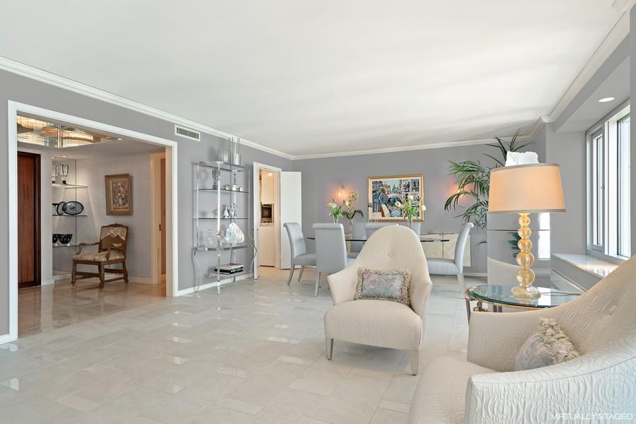 Real Estate Photography - 132 E Delaware Pl, Apt 5004, Chicago, IL, 60611 - Sitting Room