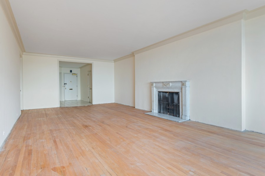 Real Estate Photography - 179 East Lake Shore Drive, Apt 801, Chicago, IL, 60611 - Living Room