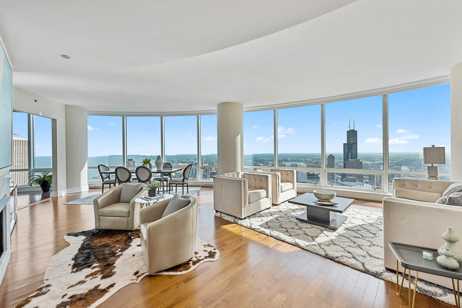 Real Estate Photography - 401 N Wabash Avenue, 83D, Chicago, IL, 60611 - Living Room