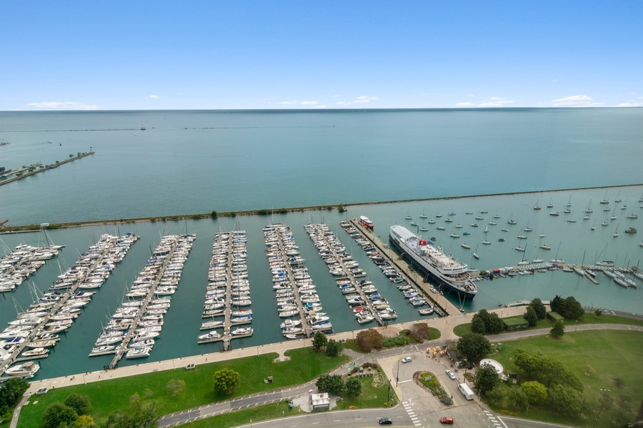 Real Estate Photography - 155 North Harbor Drive, Unit 3508, Chicago, IL, 60601 - View