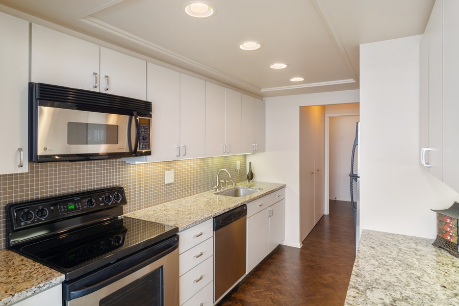 Real Estate Photography - 155 North Harbor Drive, Unit 3508, Chicago, IL, 60601 - Kitchen