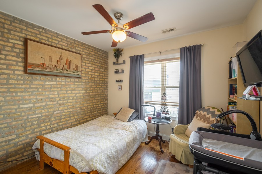 Real Estate Photography - 5300 N Kedzie, #1, Chicago, IL, 60625 - 2nd Bedroom
