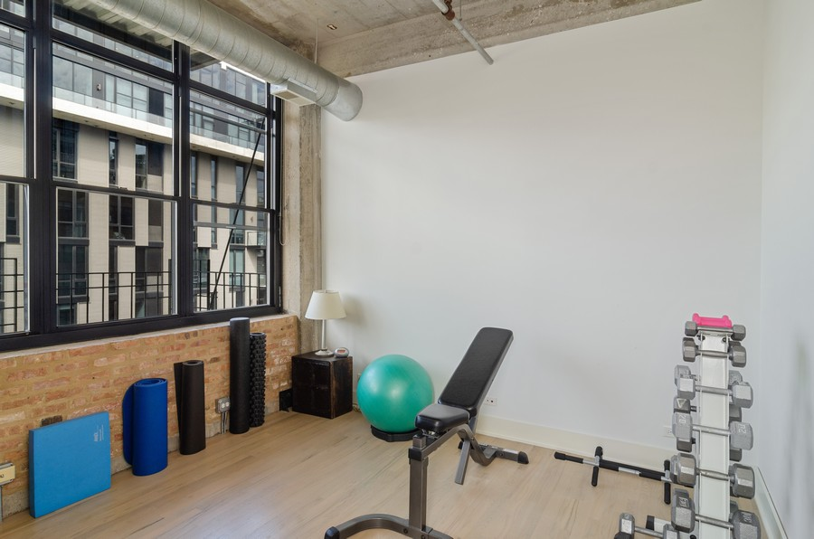 Real Estate Photography - 850 W Adams, Unit 5D, Chicago, IL, 60607 - 2nd Bedroom