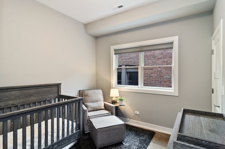 Real Estate Photography - 1425 N leavitt st, Unit 3, Chicago, IL, 60622 - 2nd Bedroom