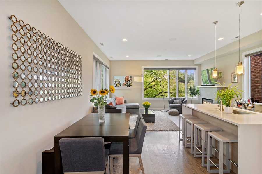 Real Estate Photography - 1425 N leavitt st, Unit 3, Chicago, IL, 60622 - Kitchen/Living