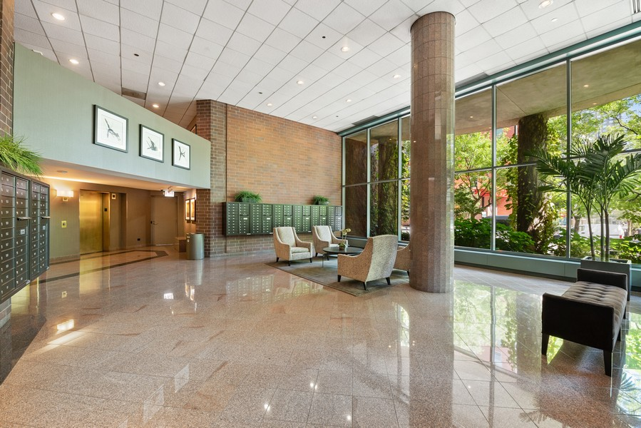Real Estate Photography - 480 N McClurg Ct, 820, Chicago, IL, 60611 - Lobby
