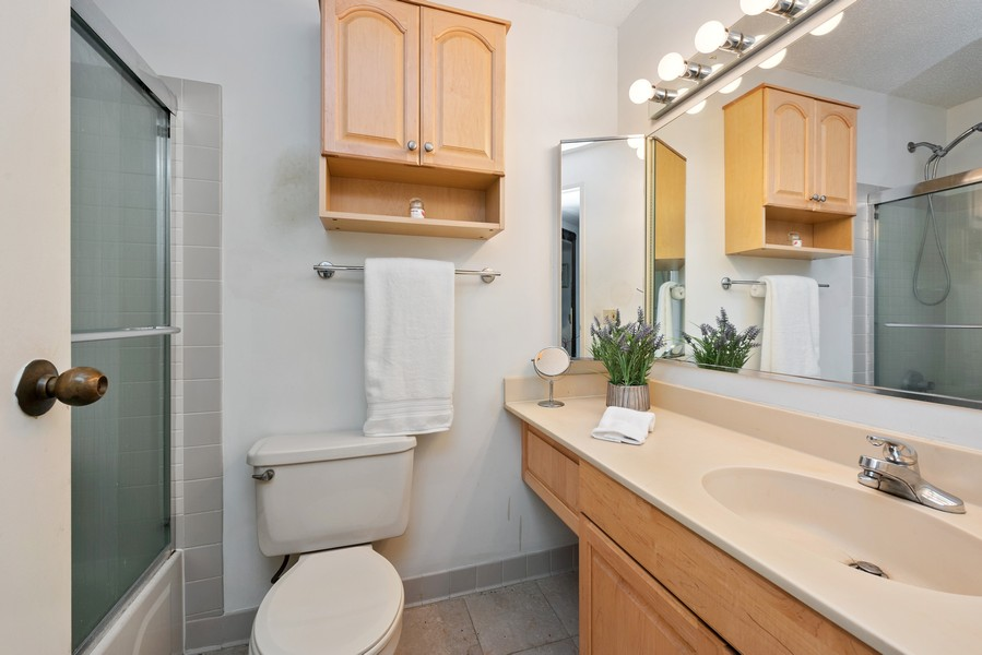 Real Estate Photography - 480 N McClurg Ct, 820, Chicago, IL, 60611 - Master Bathroom